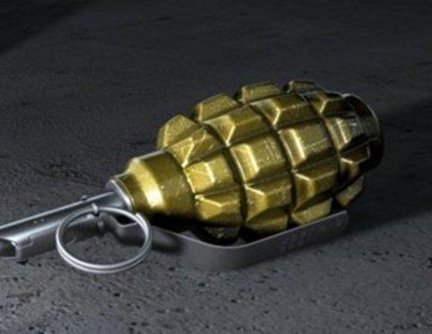 В Івано-Франківську знайшли гранату в університеті: фото з місця НП