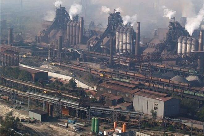 Трагедія наметкомбінаті вМаріуполі: в місті скасували заходи доДня металурга