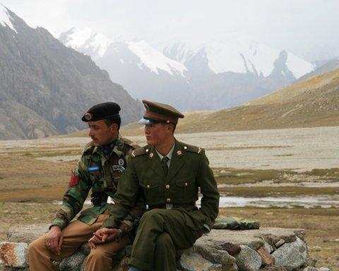 В Гималаях назревает конфликт двух ядерных государств