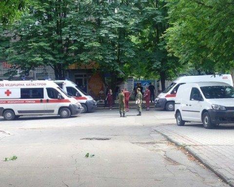 У центрі Луганська пролунав ще один потужний вибух, є відео