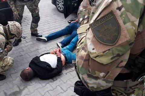 В Житомирской области силовики задержали трио криминальных авторитетов, опубликованы фото