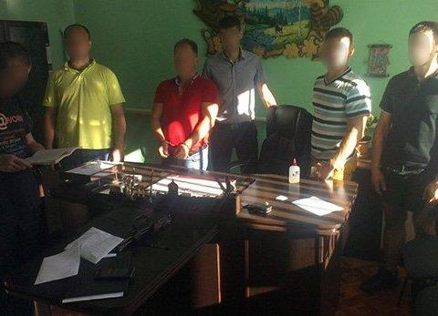 На Полтавщині депутат-лісник намагався підкупити начальника поліції, є відео