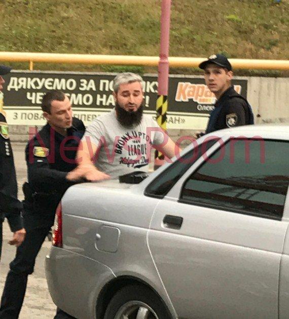 УХаркові правоохоронці зі стріляниною затримали двох ймовірних терористів ІДІЛ