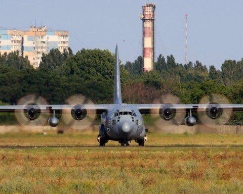 """В Одесу прибувають військові НАТО для участі в """"Сі Бриз – 2017"""", є фото"""