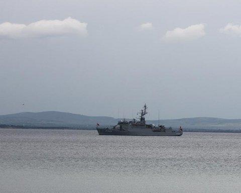 ВМС Греции открыли огонь по турецкому кораблю, есть фото