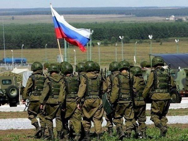 Муженко: Росія поставила біля кордонів України три дивізії, призначені для наступу