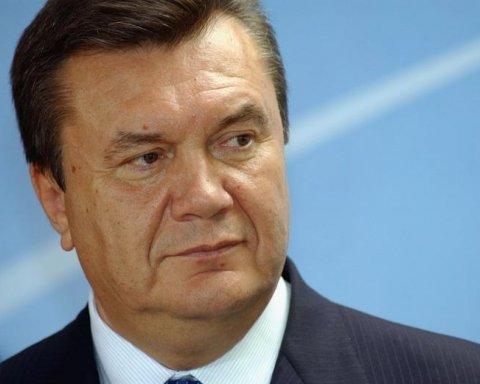 Золотий батон не постраждав: у мережі висміяли прес-конференцію Януковича
