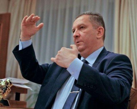 """Скандальний Рева пообіцяв підняти """"мінімалку"""""""