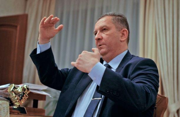 Як живе міністр Рева: журналісти показали все майно (відео)