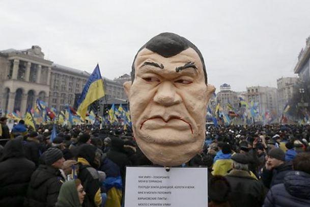 Стало відомо, що робив Янукович в ніч побиття студентів на Майдані