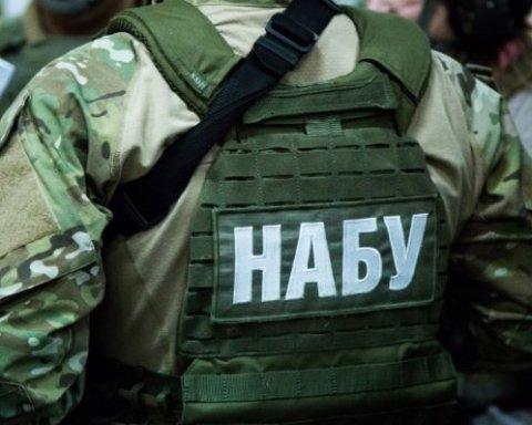 Детективы НАБУ «поселились» у Полторака