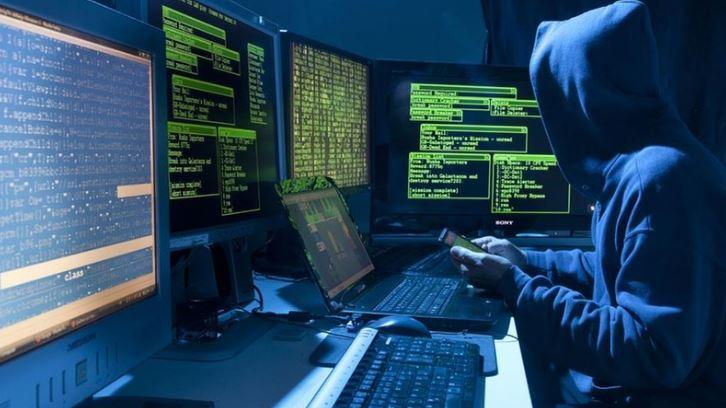 Неизвестные пытались «взломать» страничку начальника Генштаба Муженко в фейсбук