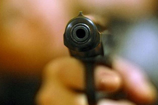 У Миколаєві серед білого дня розстріляли валютника (фото)