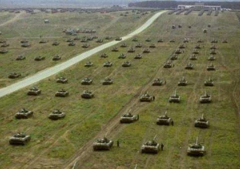 Муженко: Россия оставила в Беларуси большое количество военных