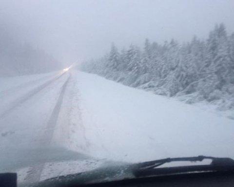 Во вторник Украину засыплет обильным снегом