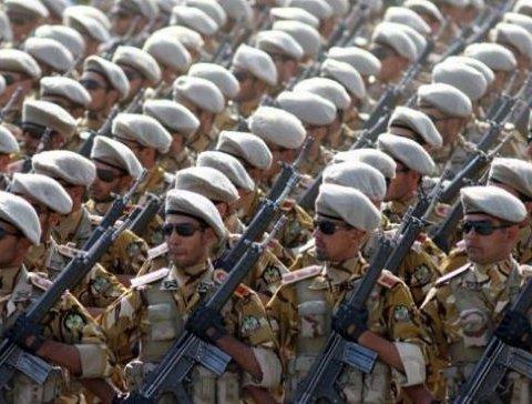 Иранский военный расстрелял сослуживцев: есть погибшие и раненые