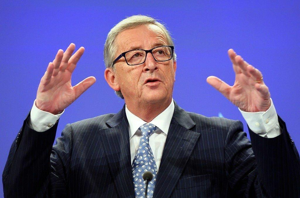 Юнкер: Європа неможе покладатися наСША для свого захисту