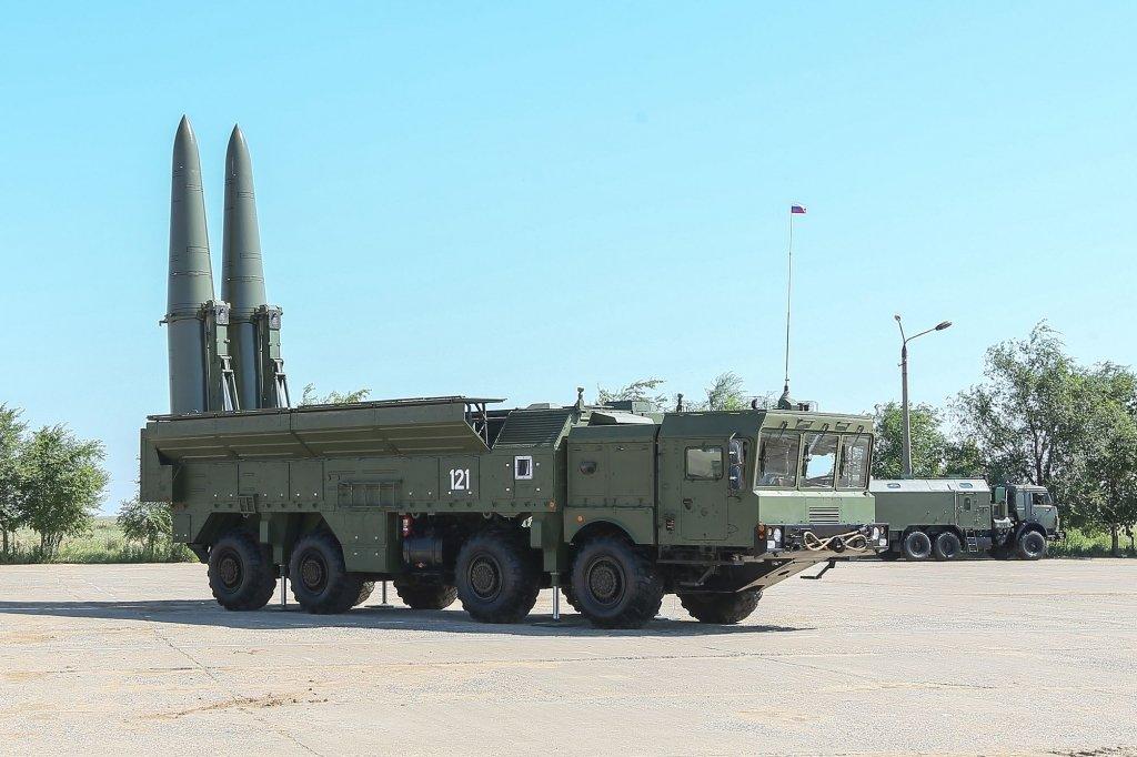 В России подтвердили стягивание ракетных комплексов «Искандер» к Украине