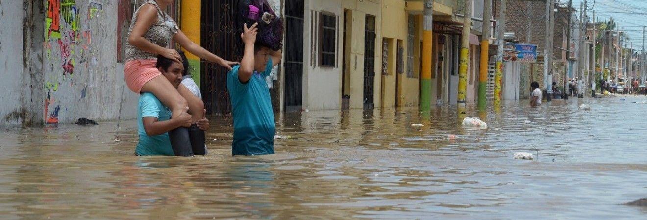Негода в Непалі забрала життя щонайменше 30 осіб