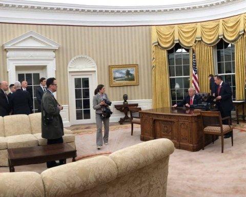 Трамп прокоментував підписаний закон про санкції проти РФ