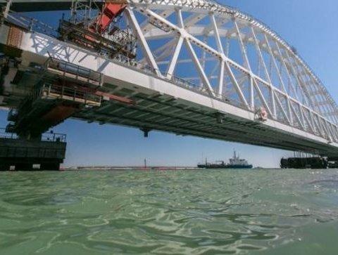 Керченский мост — уязвим: заявление украинского генерала вызвало у россиян истерику