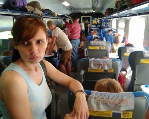 Укрзалізниця пояснила, чого пасажирам Інтерсіті довелося їхати стоячки