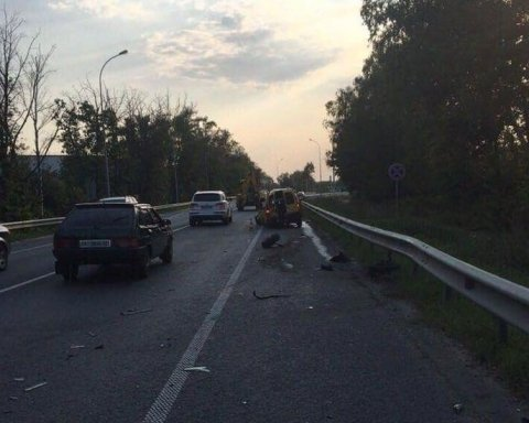 Під Києвом нетверезий водій налетів на авто із дітьми, загинула дівчинка, є фото