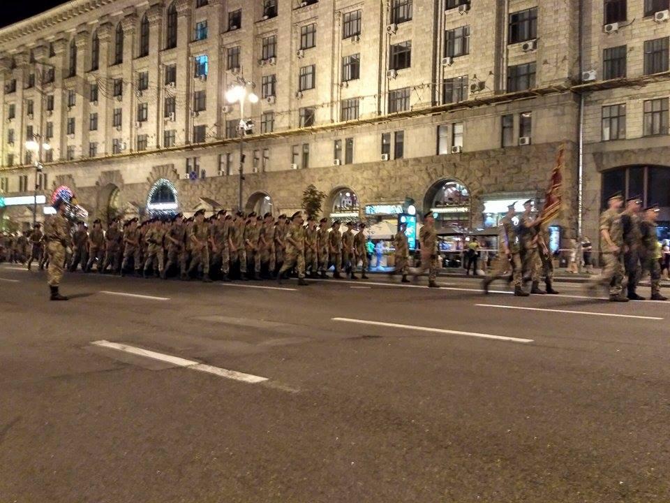 В Киеве прошла репетиция военного парада, есть фото