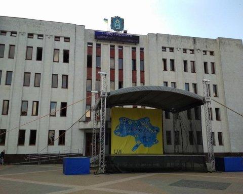 В Броварах СБУ ищет виновных в конфузе с картой Украины