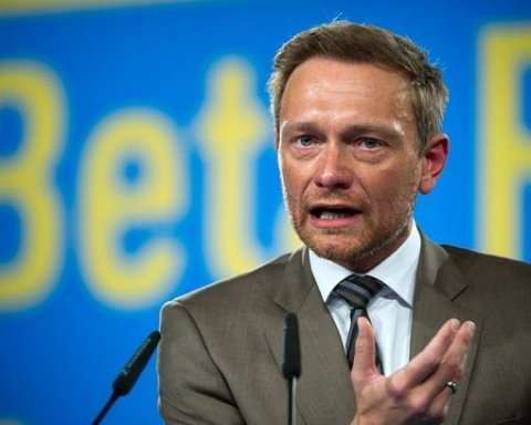 голова Вільної демократичної партії Німеччини Крістіан Лінднер