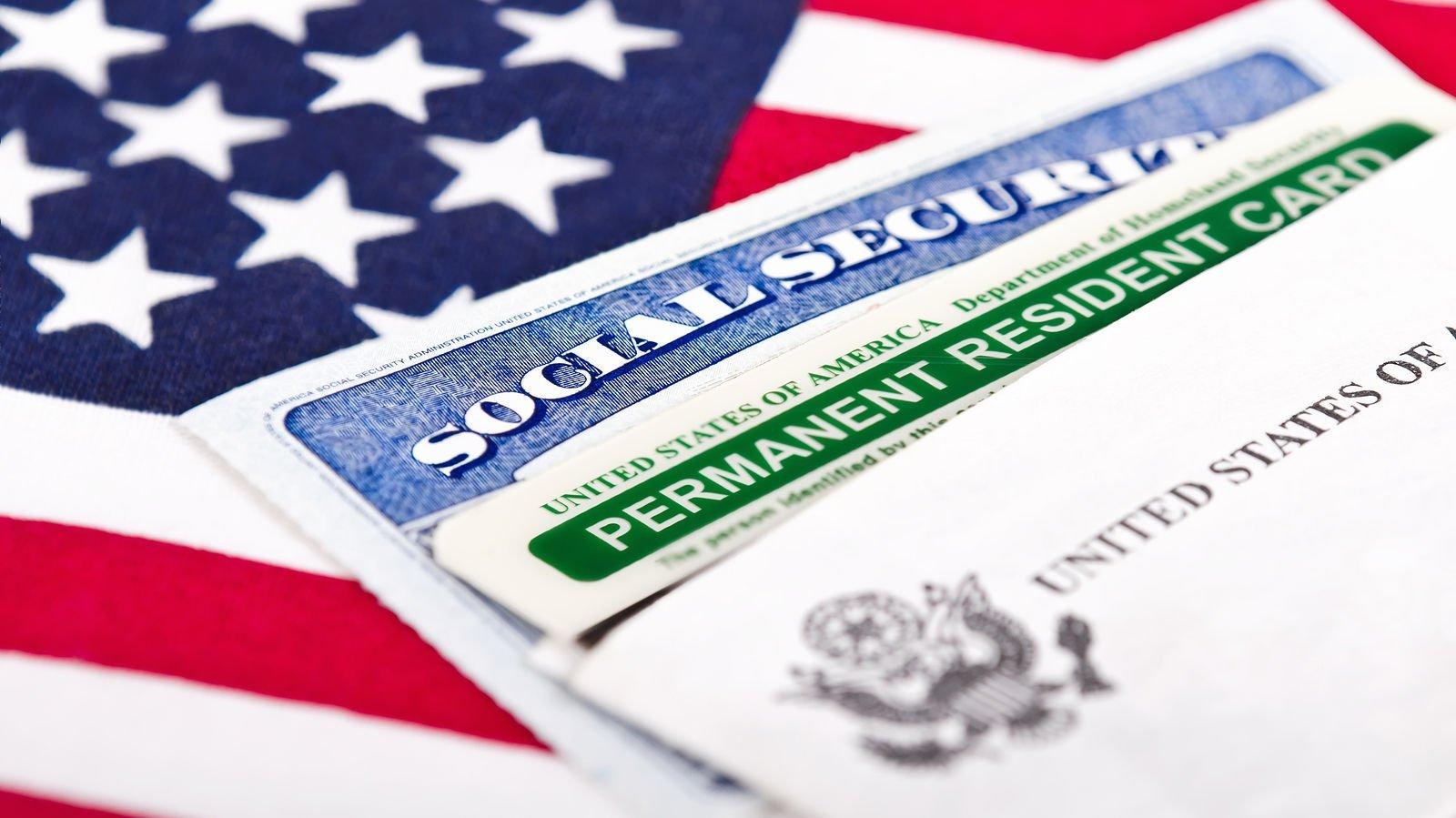 Трамп предложил отменить лотерею Green Card