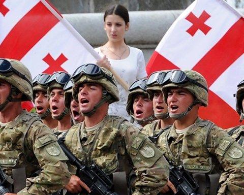 Грузинские военные будут шагать вместе с НАТОвцами по Крещатику