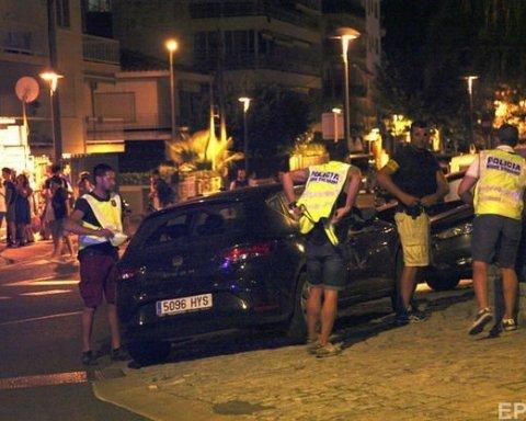 Новий теракт в Іспанії вдалося стримати: постраждали 7 людей, терористи ліквідовані