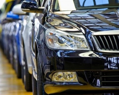 Названі дані про зростання продажів нових авто в Україні