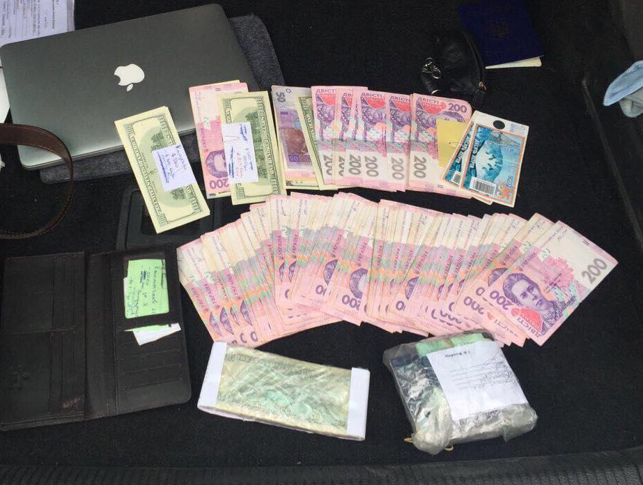НаКиевщине генпрокуратура поймала руководителя сельсовета навзятке 250 тыс грн