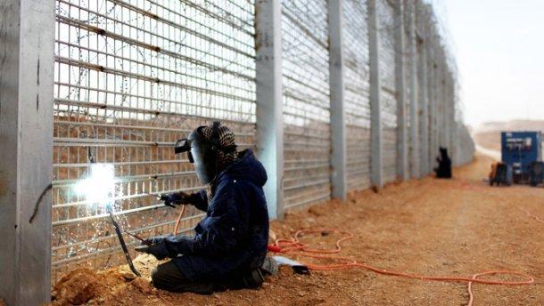 Реализации проекта «Стена» препятствует недофинансирование иполитическая составляющая