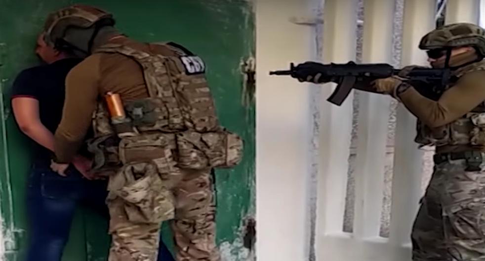 Задержание вМариуполе экс-милиционера, предлагавшего доступ кбазам данных ГАИ