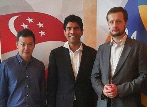 Син Порошенка виграв конкурс і вивчав досвід державного управління Сінгапуру за бюджетні кошти