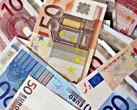 У Німеччині заявили про рекордну суму переказів грошей в Україну від заробітчан