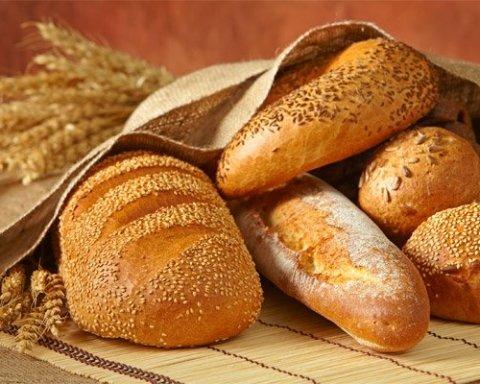 Яку небезпеку несе хліб з магазину: лікар пояснив