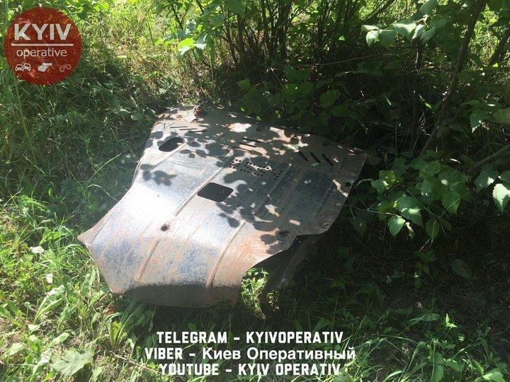 Пьяный водитель устроил ДТП с «кульбитом» в Киеве, есть фото