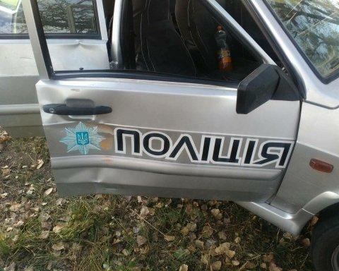 На Київщині нетверезий водій в'їхав у поліцейське авто, оприлюднені фото