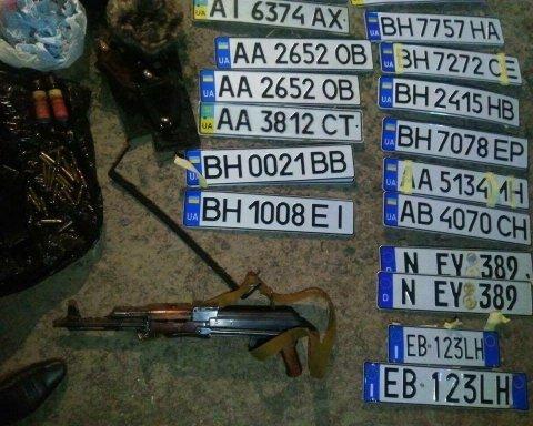 В Киеве вооруженная банда иностранцев отобрала у предпринимателя 6,5 млн гривен, фото