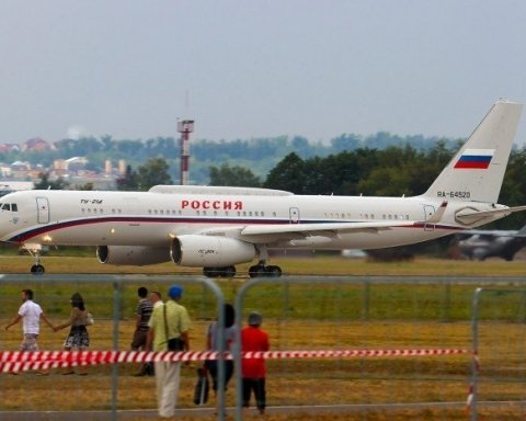 Стало известно о странном инциденте с самолетом Путина в небе над оккупированным Крымом