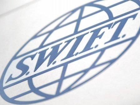 Российские банки начинают отключать от SWIFT