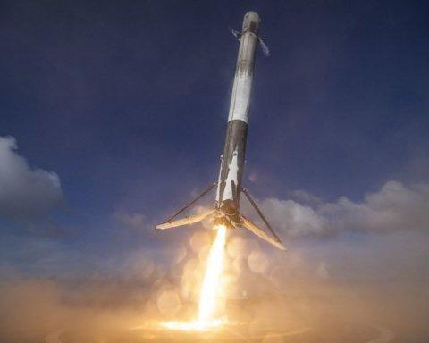SpaceX провела успішний запуск ракети Falcon 9 з секретною місією