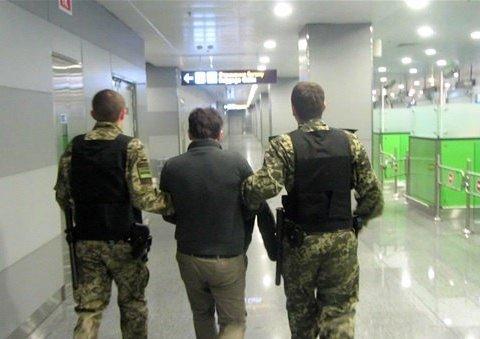 Кремль засылает в Украину «криминальных мигрантов»