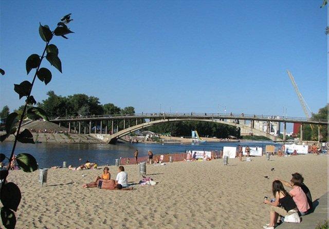 КП «Плесо»: На 2-х киевских пляжах купаться уже неопасно