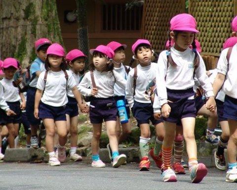 Воспитателей в детсадах Токио заменят роботы-гуманоиды (фото)