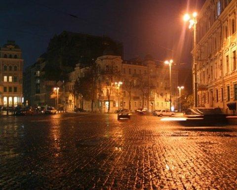 Киевлян приглашают на бесплатные ночные экскурсии по городу